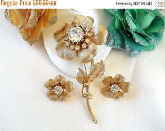 Vintage Coro Pegasus Long Stemmed Rhinestone Flower Brooch and Earring Set Signed