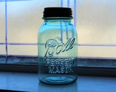 Blue Ball Perfect Mason Jar Quart Vintage 1923 to 1933 with Zinc Lid