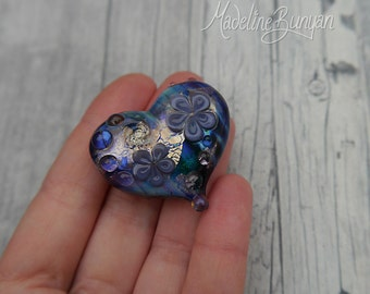 A Really rude word, Heart shaped pretty flower Lampwork Focal Bead