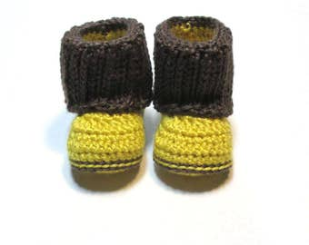 NEW!  6-12 month unisex crochet baby booties.  Yellow and taupe.  Ready to ship unisex baby boy baby girl booties with knit look cuff.