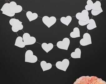 White hearts garland, photo backdrop, white wedding decor