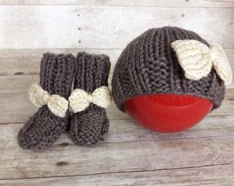 Chocolate brown Beanie, Baby girl set, baby socks, baby booties, bow socks, newborn shower gift set, winter hat, Hospital hat, bow girl hat