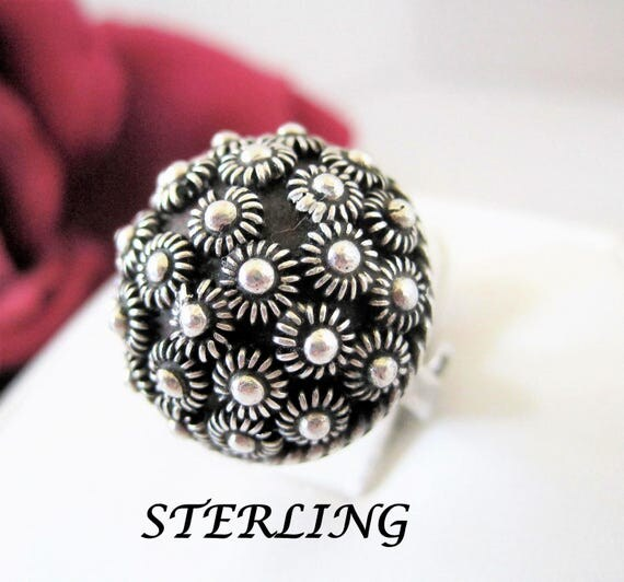 Sterling Silver Ring - Expandable Band - Signed 925 CCV - Size 6 Expandable