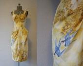 1950's Bird Novelty Print Kamehameha Dress / Size Small Medium