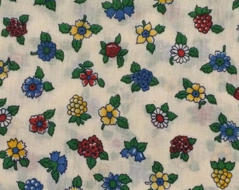Floral Fabric / Retro Floral Fabric / Quilting Fabric / Cotton Blend Fabric / Primary Colors Fabric