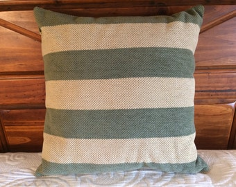 Sage Pillow, Green Pillow, Throw Pillow, Accent Pillow, Modern Decor, Country Decor, Living Room Decor, Green Cushion, Farmhouse Decor