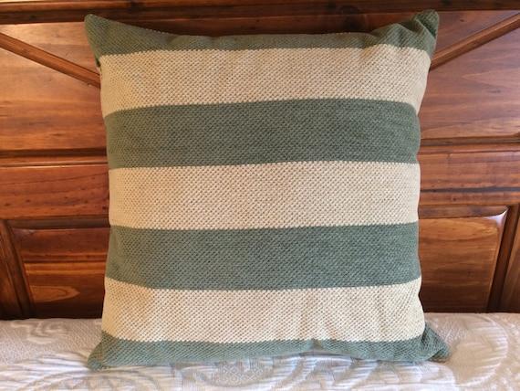 Sage Pillow, Green Pillow, Throw Pillow, Accent Pillow, Modern Decor, Country Decor, Living Room Decor, Green Cushion, Farmhouse Decor