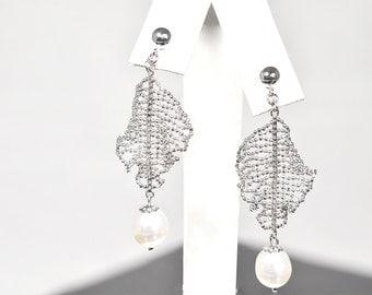 Handmade, Modern, Sterling Silver, Mesh, Cultured Pearls, Chandelier Earrings