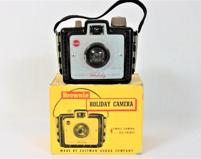 Vintage 1950 Eastman Kodak Brownie Holiday Camera