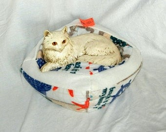 Small Machine Washable Pet Bed - My Heart Is At The Beach