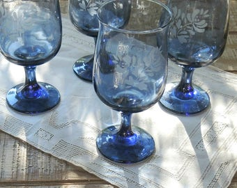 pfaltzgraff blue footed water goblets set of 4 vintage glassware stemware barware wine goblets replacement glasses