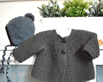 Garter stitch jacket with back pleat and cable hat - P103