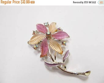 On Sale Vintage Sculptured Lucite and Rhinestone Floral Pin Item K # 3202
