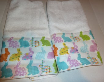 Easter Decorative Towel Set of 2, Easter Bunny Hand Towels, Spring Bunny Towels, Powder Room Towels, Kitchen Hand Towels, Bath Hand Towels