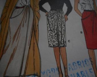 Vintage 1980's Vogue 9755 Skirt Sewing Pattern, Size 8-10-12
