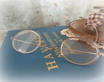 antique wire rimmed glasses / 1900's victorian eyewear / turn of the century spectacles