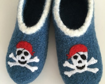 "Children felt House shoes ""Pirates"""
