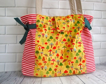 Cotton  woodland  fabric  Tote bag - summer holiday  tote - shoulder bag - handmade - Spring tote -  unique tote - women - teen girls