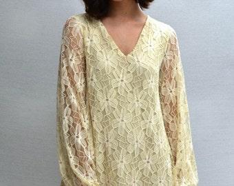 Melati V-Neck Dress in Cream
