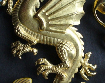 Vintage Goldtone Medieval Dragon Pin Chinese Mythical Camelot Mystic Fantasy Gifts 4 Men
