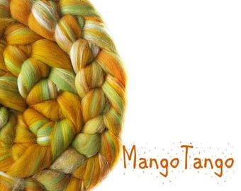 Blended roving - Merino - Tussah silk - 100g / 3.5 oz - orange - green - MANGO TANGO