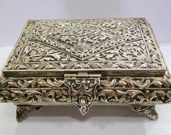 Fabulous! solid silver Box from Rajasthan India