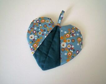 Heart-shaped potholder - Ready to ship -