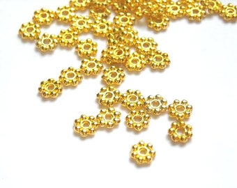 50/100 Gold Plated Daisy Spacers - 17-GO-8