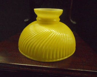 """Antique 10"""" Glass Student Oil Lamp Shade Yellow Twisted Pattern Good Condition Replacement Lighting Restoration"""