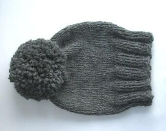 Chunky Knit Beanie Gray Pompom