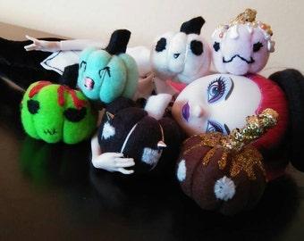 Pumpkin Miniature Plush Prop SET of 6 for 1:6 Scale Dolls, Blythe, Pullip, Monster Ever After High