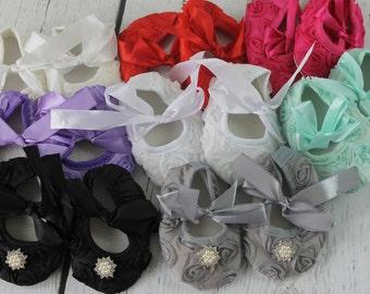 White Baby Crib Shoes White Soft Soled Shoes White Newborn Shoes White Baby Girl Shoes Christening Wedding 1st Birthday Cake Smash Shoes