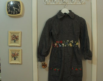 1960s grey wool floral embroidered peter pan collar dress
