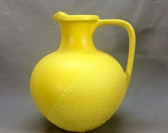 Unusual large Royal Haeger Yellow water Pitcher Lizard Skin