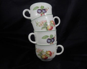 Beautiful Set of Four Apples and Berries Design Porcelain Coffee/Tea Cups Made in England