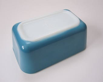 Vintage Blue Pyrex Loaf Pan