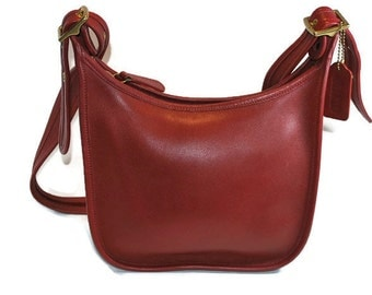 Vintage Retro Coach Red Leather Janice Legacy Crossbody Shoulder Bag Purse Made in Dominican Republic No. E3X-9950