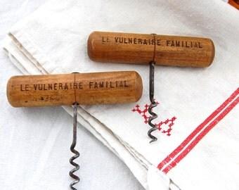 French Antique Barware - Wooden Cork Screw - Vin - Sommelier - Patina - Advert
