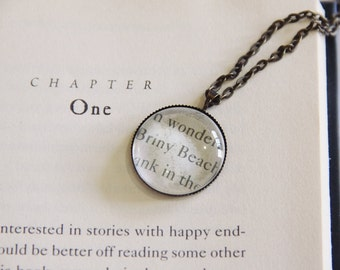 Briny Beach, A Series of Unfortunate Events | Cabochon Necklace