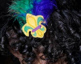 Fleur-de-lis hair clip
