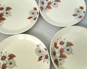 Johnson Dinner plates set of 4