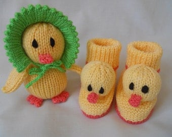 Hand Knitted baby booties, baby shoes, baby slippers, novelty Duck booties and Baby Duck Soft Toy baby gift, Easter Gift