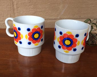 "Set/2 Retro Flower Power Stacking Mugs, 3.5""H"
