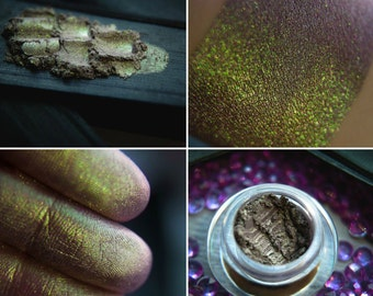 Eyeshadow: Amethyst Miner - Mountain Thorp. Green satin eyeshadow by SIGIL inspired.