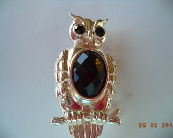 Vintage Unsigned Silvertone/Black Faceted Owl Brooch/Pin
