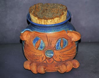 Vintage Signed Cats Head Jar with Cork Lid