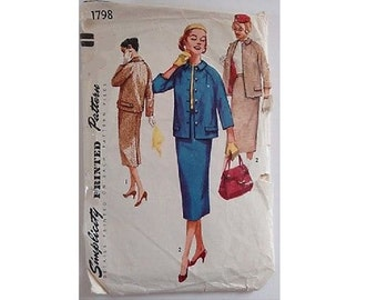 """Simplicity #1798 Sewing Pattern 50's Suit Jacket Coat and Straight Fitted Skirt Size UK 12 Bust 34"""""""