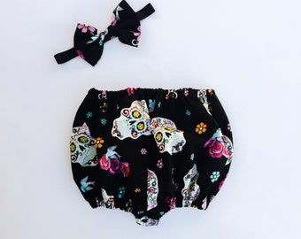 Day of the dead bloomers. Baby day of the dead outfit. Festive sugar skull bloomers. Dia De Los Muertos. Mexican Sugar Skull