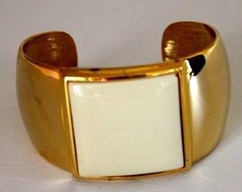 AVON, Vintage, Cuff Bracelet,  Collection By Avon , 1977, Vintage Bracelet, Vintage Jewelry