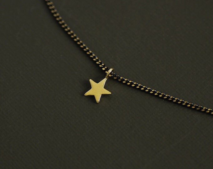 Gold Star Choker Style Necklace on Brass Chain